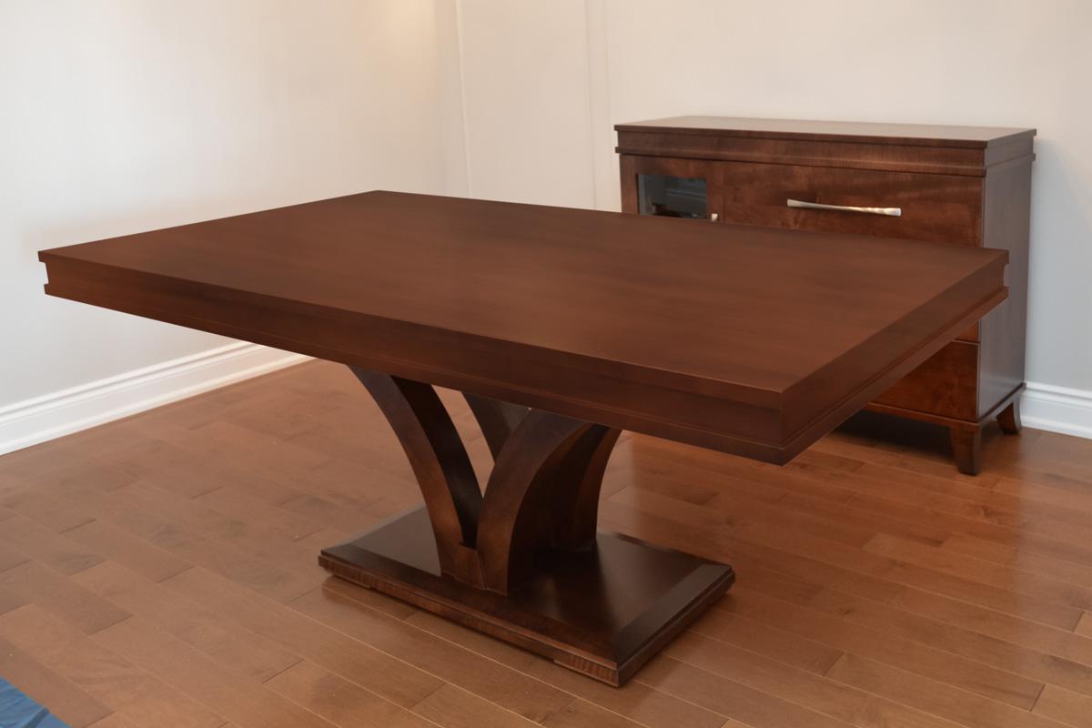 solid wood dining table venice toronto. Black Bedroom Furniture Sets. Home Design Ideas