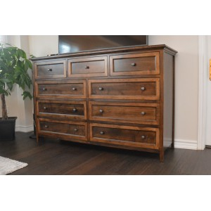 Hudson Ridge 9 Drawer Dresser