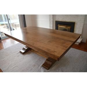Turin Pedestal Table